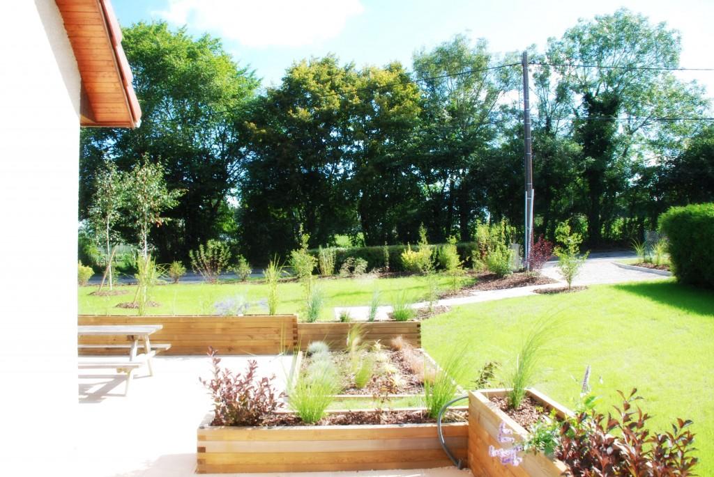 Bac de plantation en mélèze - jardin